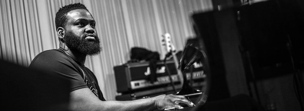 "Pianist James Francies Unveils Blue Note Debut 'Flight'; Stream Lead Single ""Dreaming"""